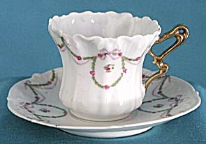 Vintage White With Green Garland Cup & Saucer