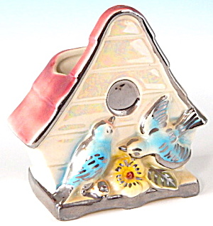 Vintage Bluebird Birdhouse Wall Pocket