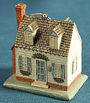 House Christmas Ornament (Image1)