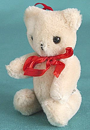 Teddy Bear Christmas Ornament (Image1)