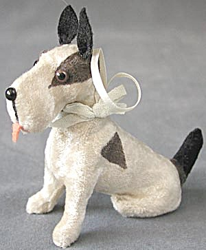 Sitting Dog Christmas Ornament (Image1)
