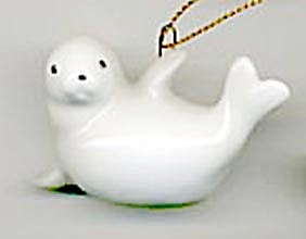 White Seal and Bird Christmas Ornament (Image1)