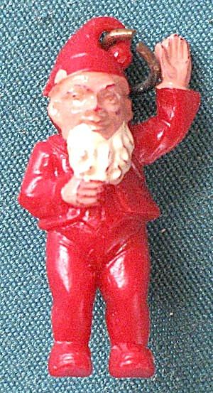 Vintage Elf Charm (Image1)