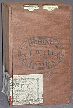 Bering Wooden Cigar Box (Image1)