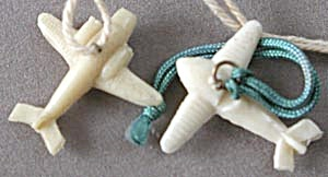 Vintage Celluloid Airplanes Charms (Image1)