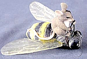 Vintage Mouse Riding Bee Christmas Ornament (Image1)