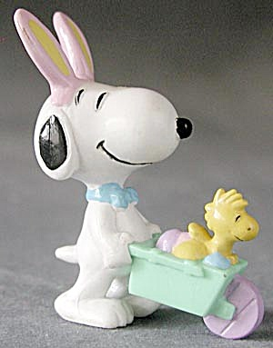 Vintage Bunny Ear Snoopy & Snoopy Mechanical Walker (Image1)