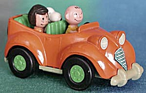 Vintage Aviva Car With Peanuts Gang