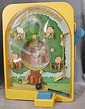 Snoopy's Pound-A-Ball Game Very Cool! (Image1)