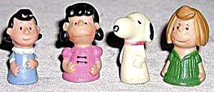Vintage Peanuts Gang Finger Puppets Set Of 4