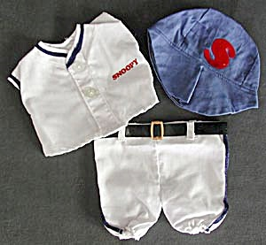 "Snoopy Baseball Outfit for 11"" Doll (Image1)"