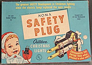 Vintage Noma Safety Plug Outdoor Lights in Original Box (Image1)