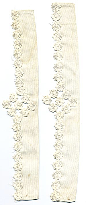 Vintage Pair of Ladies Cuffs (Image1)