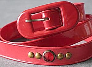 Vintage Woman's Red Plastic Belt (Image1)