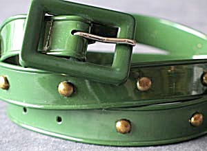Vintage Woman's Green Plastic Belt (Image1)