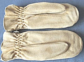 Suede Mittens Woman (Image1)