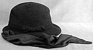 Isotoner Black Hat (Image1)