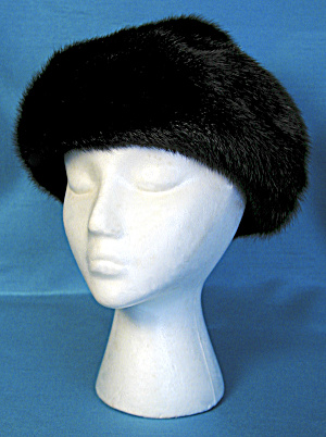 Dark Brown Mink Hat (Image1)