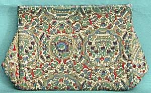Vintage Multicolored Cloth Clutch (Image1)