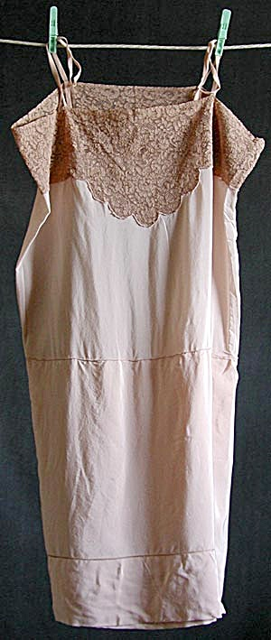 Vintage Ladies 1920's Light Pink Silk Slip (Image1)