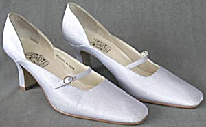 Woman's Lavender Strap Shoes