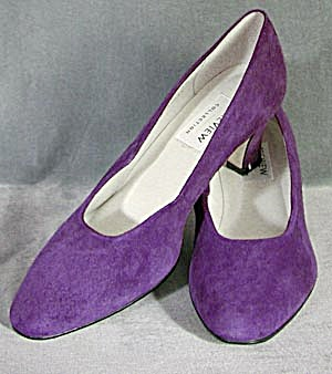 Plum Suede Woman's Shoes (Image1)