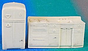 Vintage Plastic Dollhouse Sink & Refrigerator  (Image1)