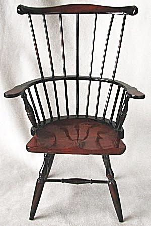 Vintage Spindle Back Doll Chair (Image1)
