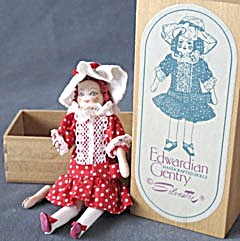 Vintage Miniature Wooden Jointed Handcrafted Doll (Image1)