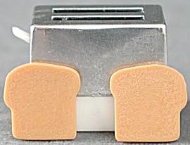 Vintage Barbie Toaster with Toast (Image1)