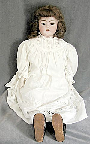 German: Simon & Halbig 1080 D E P Antique Bisque Doll (Image1)