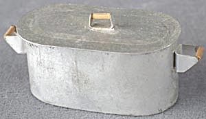 Vintage Dollhouse Metal Boiler Tub with Lid (Image1)