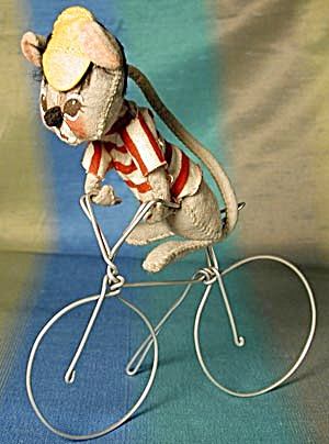 Vintage Annalee Mouse On Bicycle (Image1)