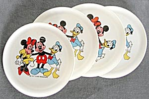 Vintage Plastic Mickey Mouse/minnie And Donald Dishes
