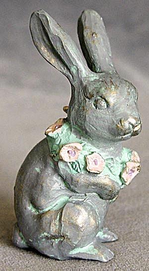 Bunny Faux Verdigris Figurine (Image1)