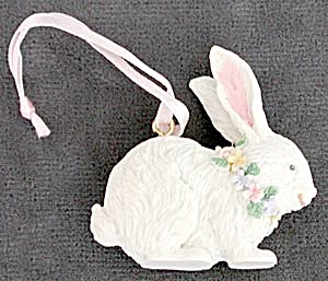 White Rabbit Ornaments (Image1)