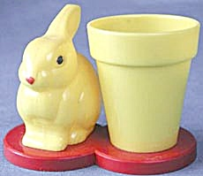 Vintage Knickerbocker Bunny By Flower Pot (Image1)