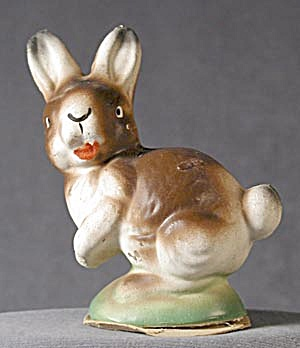 Vintage Easter Compostion Rabbit Candy Container (Image1)
