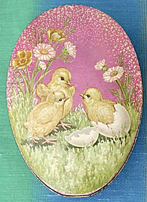 Vintage Easter Egg Shaped Tin (Image1)