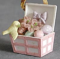 Egg Filled Trunk with Bird Easter Ornament (Image1)