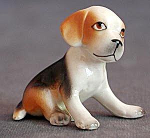 Pottery Beagle Puppy Sitting & Spaniel (Image1)