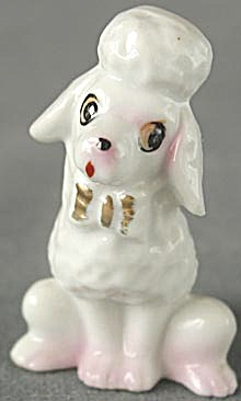Vintage China Sitting Poodle Figurine (Image1)