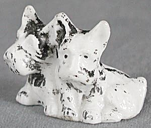 Vintage China Scotties (Image1)