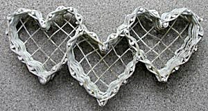 Wicker Heart Holder Wall Hanging (Image1)