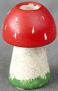 Miniature Red Mushroom Wood Candle Holder (Image1)