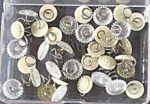 Vintage Antimacassar Twist Pins  (Image1)