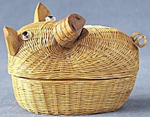 Vintage Pig Basket (Image1)
