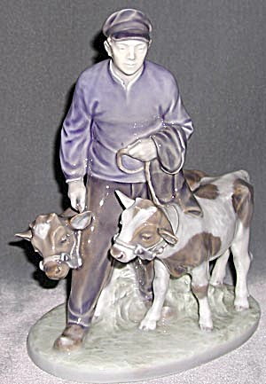 Royal Copenhagen Man and 2 Calves (Image1)
