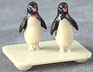 Vintage Celluloid Pair Of Penguins On A White Base