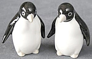 Penguin Figurines Pair